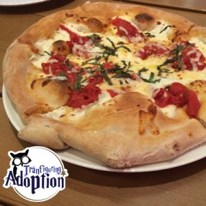 red-oven-pizza-bakery-food-adoption