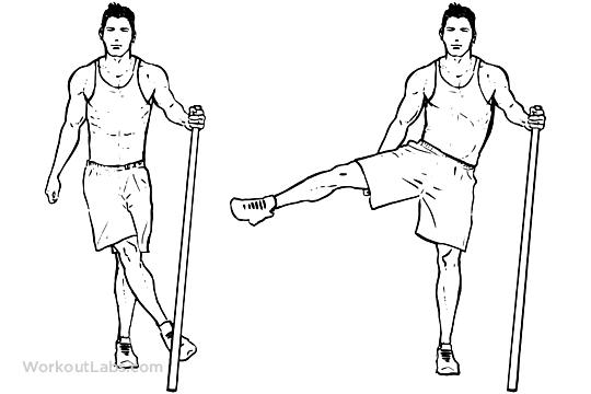 side to side leg swing comme exercice d'échauffement de sport