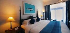 Welcome to the Burton Boatyard Hotel, Kochil