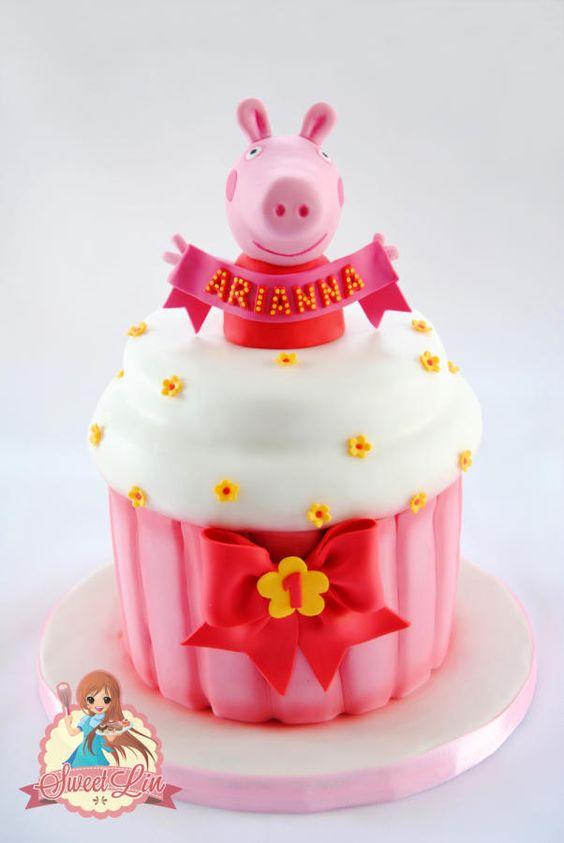 Bolo da Peppa Pig Princesa