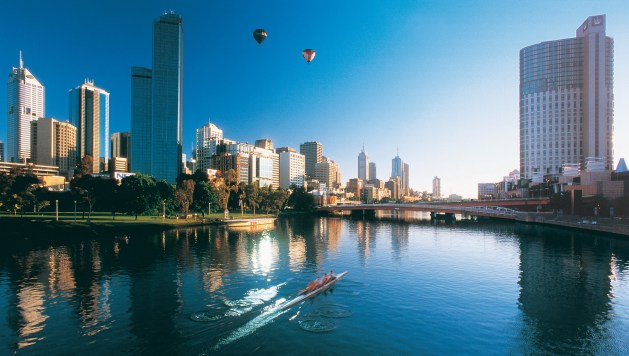Yarra River And Melbourne Skyline