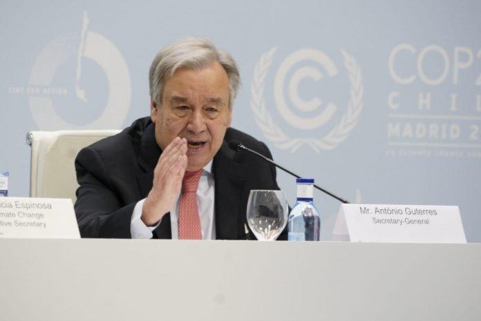 UNFCCC_-_James_Dowson-696x465