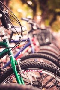 bibcicletas, bicisenda, ciclovía, movilidad urbana en biciclos