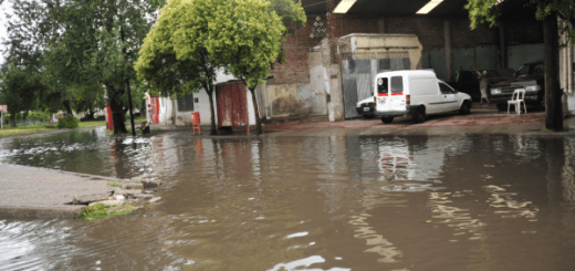 Bv Los Granaderos y Bv Los Andes totalmente inundados (Foto: diaadia.com.ar)
