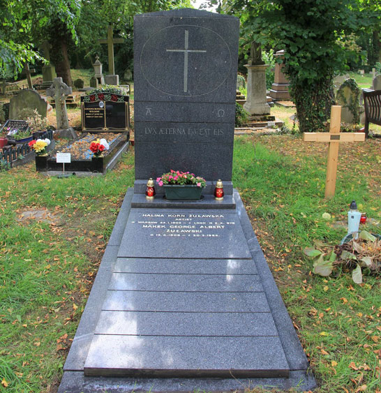 Marek Zulawski's grave, Kensal Green Cemetery in London. Photo by Slawomir Majoch, 2013.