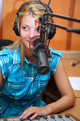 English-russian interpreter Deutsche Welle Aktau