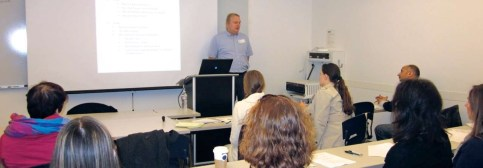 Kermit Clum provided valuable money saving financial tips to seminar attendees.