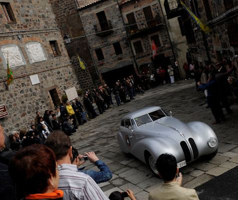 BMW 328 Touring Coupé wins the 2010 Mille Miglia