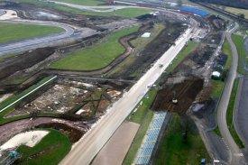 silverstone-new-pit-and-paddock5