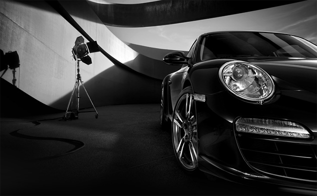 Black Edition: Porsche's 911 Carrera dons its 'little black dress'