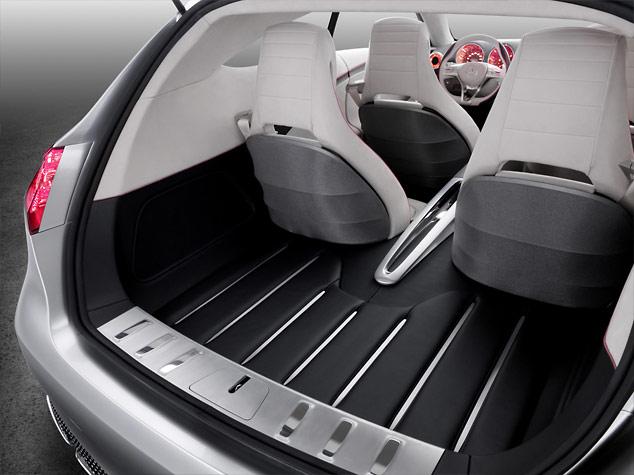 Mercedes Concept A-Class - Rear Loadspace
