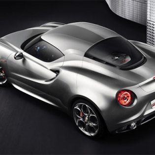 Alfa 4C Concept gets ready to shine at Frankfurt