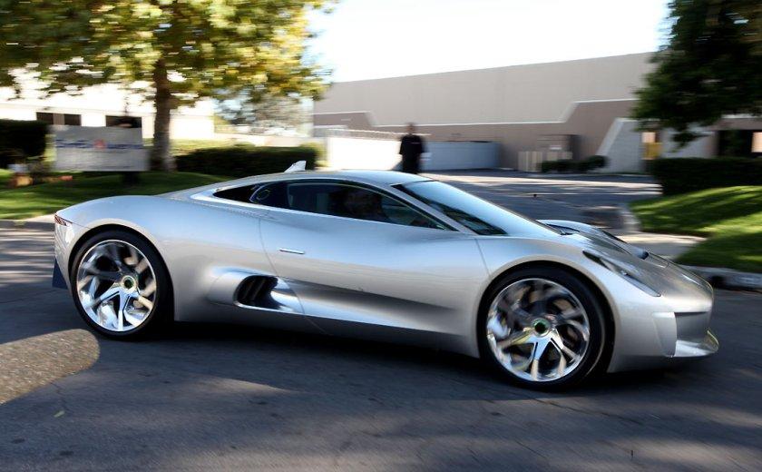 Jaguar-C-X75-production-cancelled