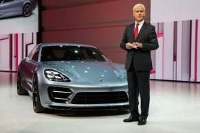 Porsche-Panamera-Sport-Turismo-G1