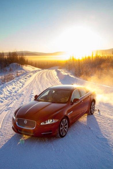 Jaguar-XJ-Arctic-Circle_G11