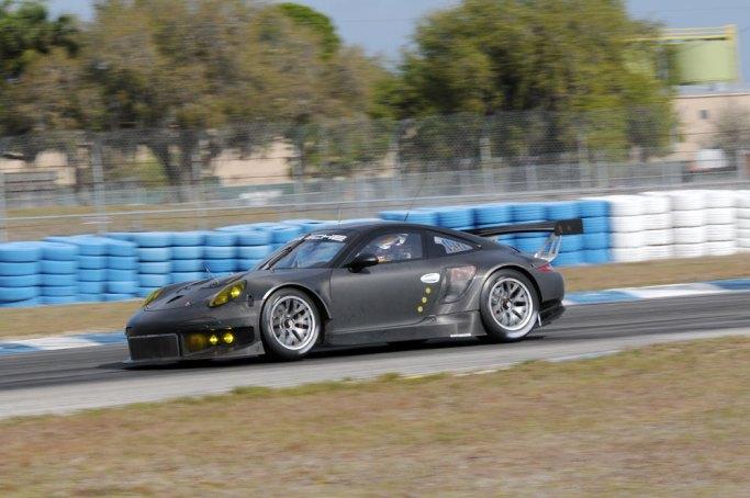 Porsche-911-RSR-2013_G1