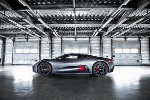 Jaguar-C-X75-video_G11