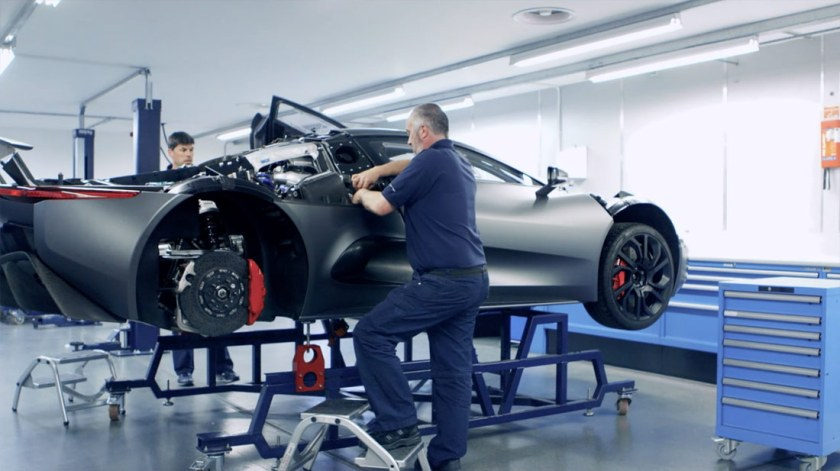Jaguar-C-X75-video_G2