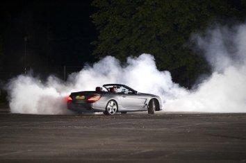 Coulthard-vs-Dynamo-Merc-SL63_G2