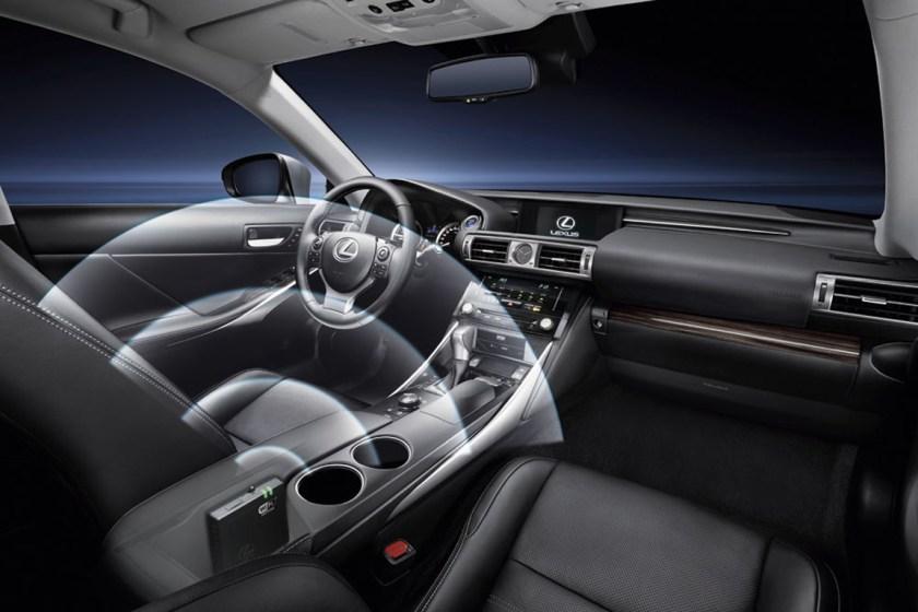 Lexus-WIFI-hotspot