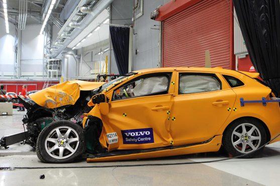 Volvo-crash-lab-11-Feb_19