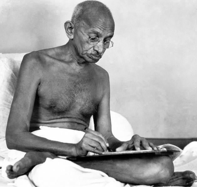 Gandhi – the first peace journalist