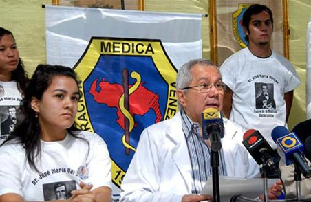 Douglas-Natera-Federacion-Medica-Venezolana_NACIMA20130710_0202_3