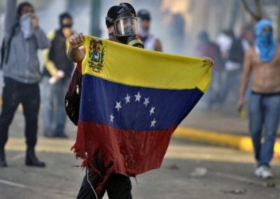 Venezuela must allow peaceful protests and investigate killing of demonstrators, say UN experts