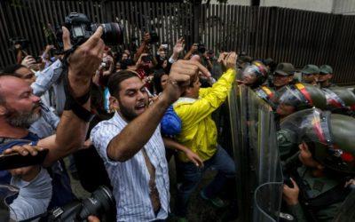 ¿Qué diputados han recibido más agresiones durante las manifestaciones?