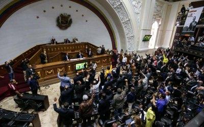 Asamblea Nacional aprobó informe final sobre resultados de la Consulta Popular del 16-J