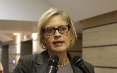 Diputada Adriana D´Elía rechaza inhabilitación impuesta por la CGR en su contra