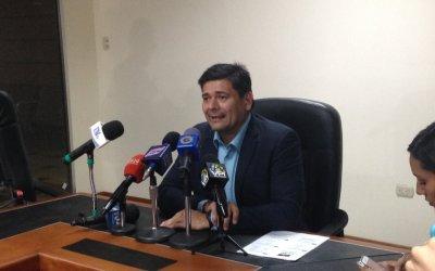 Diputado Superlano acusó a Maduro y Cilia Flores como responsables de corrupción en los CLAP