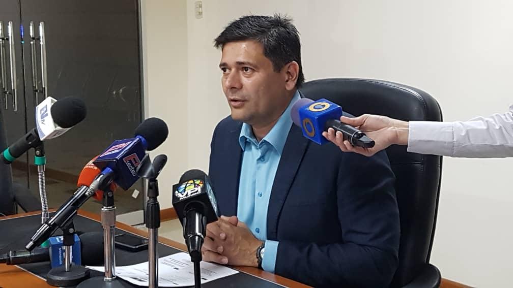 Diputado Superlano denuncia despilfarro de $15.000 millones en compra de alimentos para los Clap