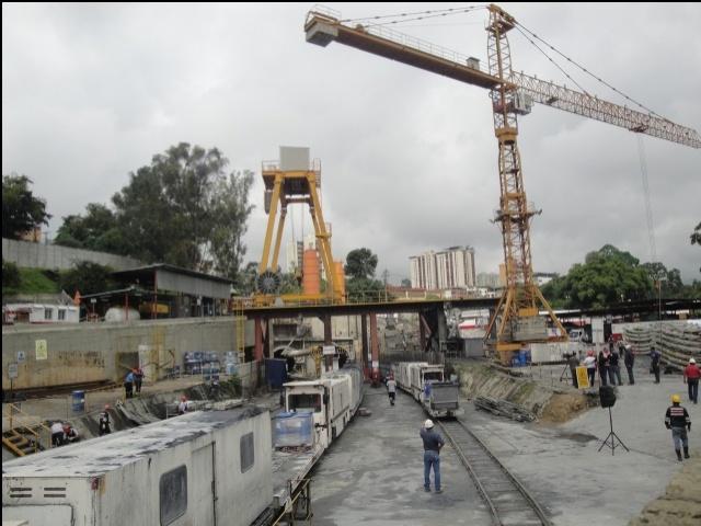 Dejaron 5 estaciones inconclusas en Línea 2 del Metro de Los Teques