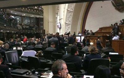 Asamblea Nacional rechazó la quema de dos camiones con ayuda humanitaria