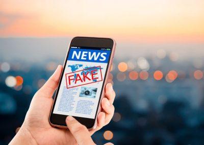 Cómo identificar y combatir noticias falsas