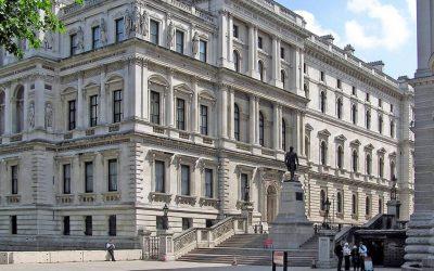 El Reino Unido anuncia su primera lista de sancionados por violar Derechos Humanos y por corrupción
