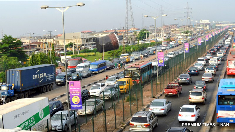Lagos to enforce compulsory traffic signals on highway