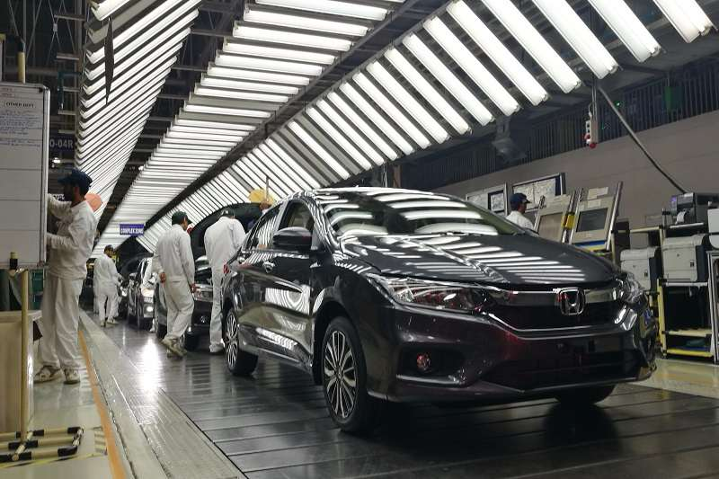 UK car industry calls for more government intervention