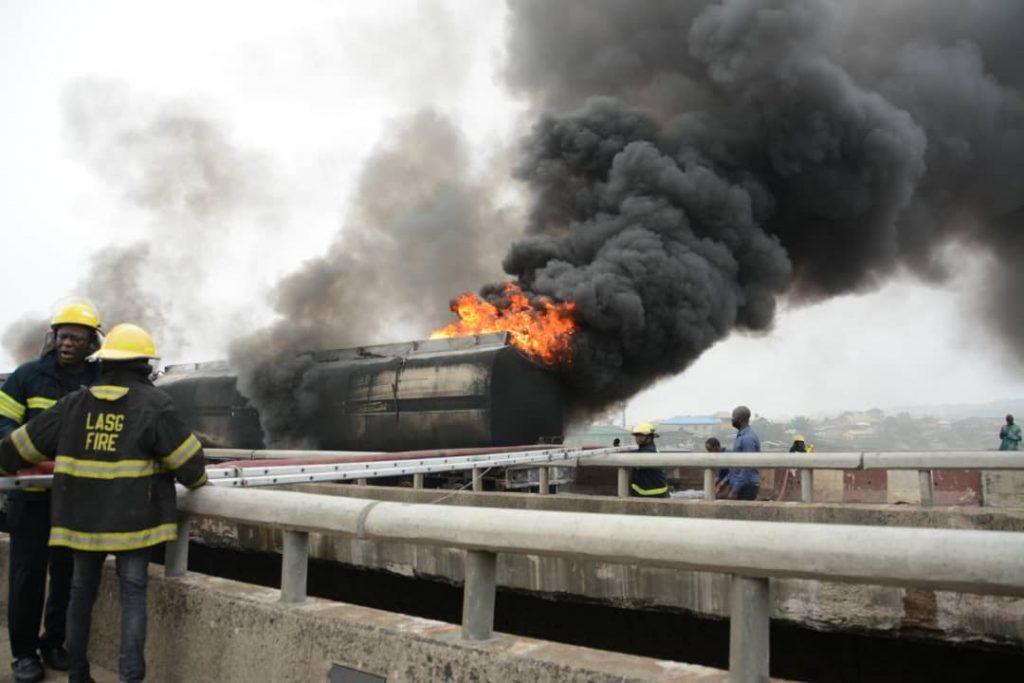 FG close Kara Bridge along Lagos-Ibadan Expressway for integrity tests
