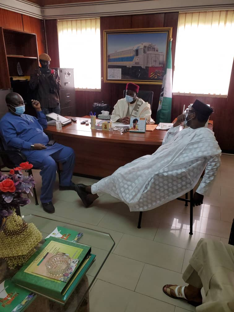 R-L: Niger state Governor, His Excellence, Abubakar Sani Bello; Board Chairman of NRC, Engineer Ibrahim AlHassan Musa; and Managing Director of NRC, Engr. Fidet Okhiria.