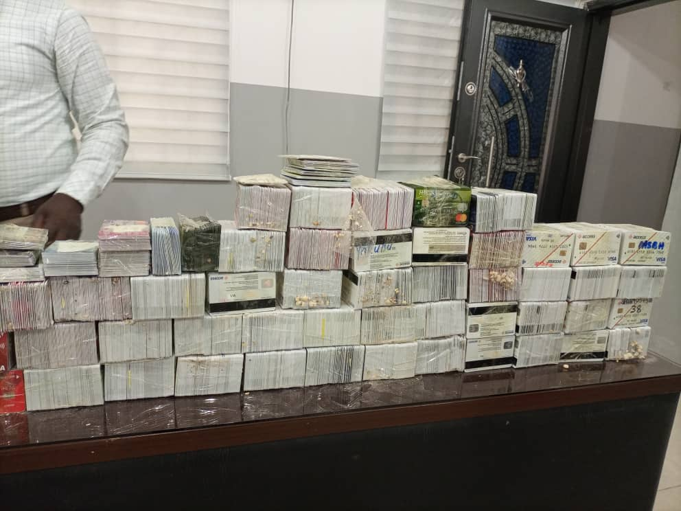 Customs arrests Dubai-bound passenger with over 5,000 ATM cards