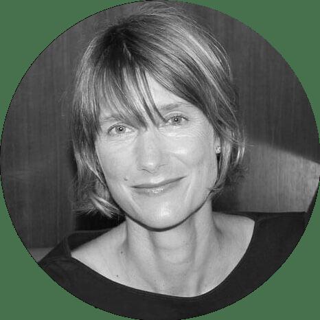 Kate Mackay bio image