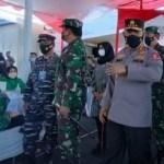TNI-AL Dahsyat!! Serbuan Vaksinasi Sinovac Masyarakat Maritim Banyuwangi dan Sekitarnya Hadirkan Panglima TNI dan KAPOLRI