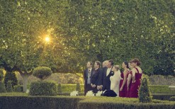 Wedding couple at hunter valley gardens photography