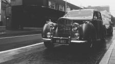 Sydney wedding photographer rolls royce black and white
