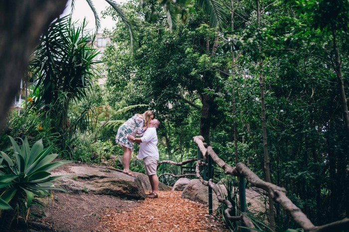 Engagement photoshoot at Wendy Whiteley's Secret Garden Lavender Bay_03