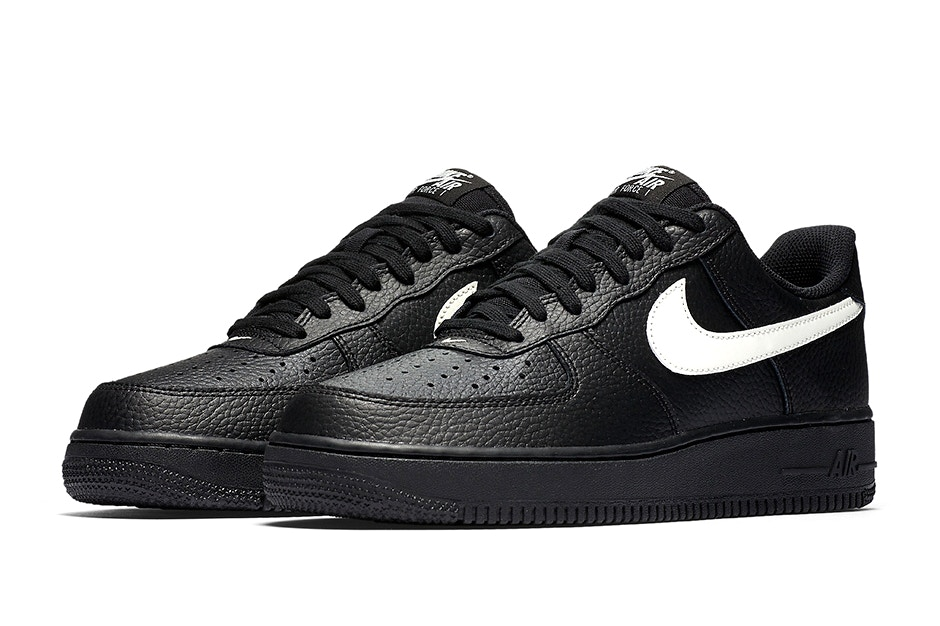 Nike Air Force 1 Leather Pack Trapped Magazine