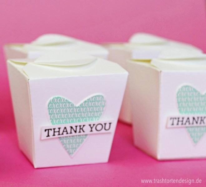 Verpackung_stampinup_zum mitnehmen_treats_geschenke_Thinlits formen