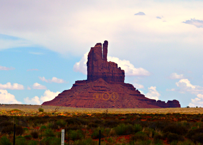 Monument Valley dedo